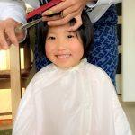 12月は家でも美容師!3歳児も気にする前髪カット。