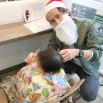 クリスマスにサンタ美容師現る!サンタ活動のキッズカット!!